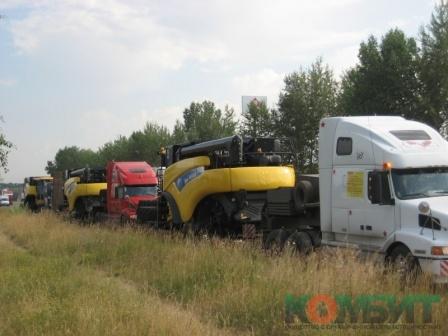 Перевозка зерноуборочных комбайнов New Holland