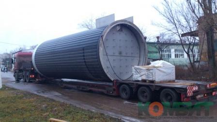 Перевозка оборудования для сыродельного завода. Высота 5 м, длина 12 м.